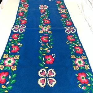 Other - Vintage Embroidery Table Runner